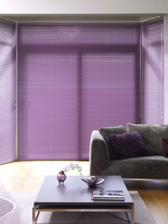 Why our Venetian Blind Collection? Perfect for controlling the light, aluminium venetian blinds are a modern classic with their sleek uncluttered style. Types Of Blinds, Shades Blinds, Living Room Blinds, Living Room Windows, Blinds For You, Blinds For Windows, Venetian Blinds Wooden, Classic Blinds, Fitted Blinds