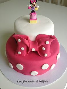 Caramel Chocolat: Gâteau 3D Minnie