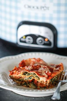 Slow cooker spinach lasagne