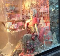 The Perfect Way To Experience NYC's Wonderful Holiday Windows: Third Stop: Bergdorf Goodman