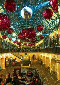 Covent Garden - Christmas 2013