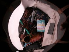 here's the bag with a light! Please vote it on Quirky if you like it. Thanks   http://www.quirky.com/ideations/464432