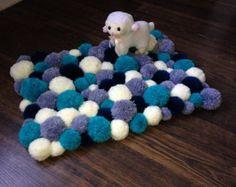 Pom Pom alfombra alfombra con forma de corazón por PomPomMyWorld