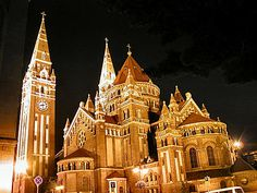 Ungarn. Dóm - Szeged Hungarian Paprika, Heart Of Europe, Places Of Interest, Budapest Hungary, Dom, Big Ben, Barcelona Cathedral, Places Ive Been, Travel Inspiration