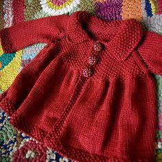 Ila Sweater no pattern Baby Sweater Patterns, Baby Cardigan Knitting Pattern, Knit Baby Sweaters, Baby Dress Patterns, Knitted Baby Clothes, Baby Knitting Patterns, Knitting Stitches, Crochet Baby Dress Pattern, How To Purl Knit