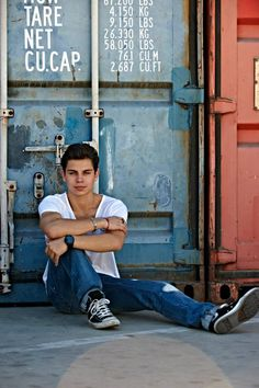 Jake T. Austin is shedding his childish skin. Austin is a young man, driven, ambitious, and pushing himself to conquer bigger challenges, starting with a starring role on Zac Efron, Jack T Austin, Max Russo, Evan Ross, Actors Male, Jake T, Cameron Boyce, Cute Celebrities, Celebs