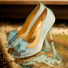 Blue bridal shoes | Jen Kroll Photography