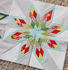 Love this scrappy star... links to tutorials provided.