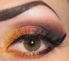 strong brow, cat eye