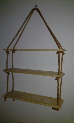 Repisa en tabla y cuerda