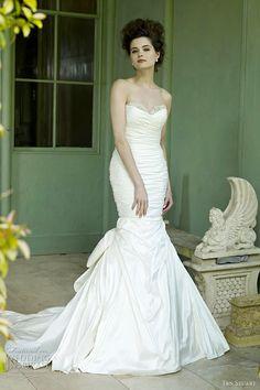 Google Image Result for http://www.weddinginspirasi.com/wp-content/uploads/2012/01/ian-stuart-2012-miami-wedding-dress.jpg