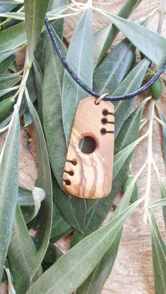 Olive Wood Maori style necklace, designed and carved by Eric Kempson for Ellenis Workshop Driftwood Jewelry, Wooden Jewelry, Resin Jewelry, Rock Jewelry, Jewlery, Dremel, Wooden Necklace, Bone Carving, Necklace Designs