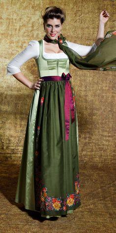 Frühling/Sommer 2020 Gössl Couture, Victorian, German, Vintage, Dresses, Fashion, Modeling, Dirndl Blouse, Silk