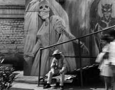 MFA Plans Major Exhibition, Graciela Iturbide's Mexico, for 2019 Dark Art Photography, Become A Photographer, San Francisco Museums, South Of The Border, Arte Popular, Great Photographers, Ways Of Seeing, Museum Of Fine Arts, Memento Mori
