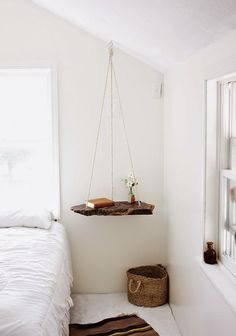 Diy mesa colgante de madera | Decorar tu casa es facilisimo.com