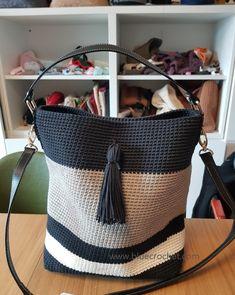 Tapestry Crochet Patterns, Crochet Amigurumi Free Patterns, Knit Crochet, Crotchet Bags, Knitted Bags, Crochet Handbags, Crochet Purses, Diy Handbag, Handmade Bags