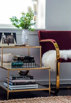 GLAMOROUS LIVING ROOM DESIGNS WITH GOLDEN DETAILS_see more inspiring articles at http://www.homedesignideas.eu/glamorous-living-room-designs-golden-details/