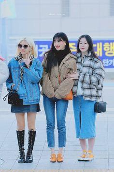 가을에 참고할만한 여돌 사복 코디 모음 🍂🍁.ipg | 카카오톡 #FUN Fashion Idol, Korean Fashion, Harajuku, Winter Jackets, Asian, Celebrities, Outfits, Btob, Inspired