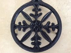 Vintage Cast Iron Trivet by Va. Metal Crafters Fern Steller / Snowflake Hot Plate by TillyFritz on Etsy
