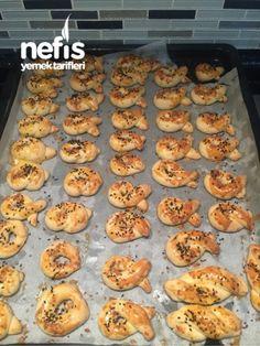 Sirkeli Tuzlu Kurabiye Nutella, Muffin, Cookies, Breakfast, Food, Baby Knitting, Knitting Patterns, Handmade, Crack Crackers