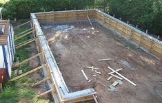 Poured concrete stems and foundation on pinterest for Stem wall construction