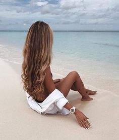 to grow long hair faster How to grow longer hair FASTER! Just like on the beautiful How to grow longer hair FASTER! Just like on the beautiful Growing Long Hair Faster, Longer Hair Faster, Grow Long Hair, Grow Hair, Photo Instagram, Insta Photo, Catherine Belle, Fotos Strand, Beach Foto