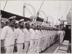 A tripulação de marinheiros do Standart