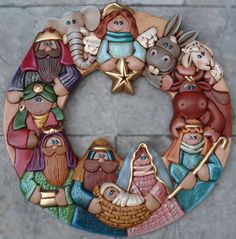 """Navidad"" by Chapix Cookies... Amazing Detail! #Christmas Naivety cookie wreath."