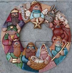 """Navidad"" by Chapix Cookies... Amazing Detail!  #Christmas Naivety cookie wreath."