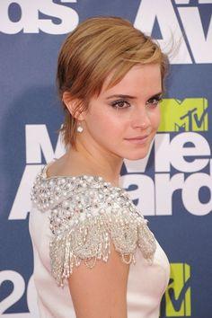 Emma Watson Pictures, Emma Watson Beauty Tips, Emma Watson Makeup http://www.vogue.in/content/my-beautiful-life-emma-watson#6