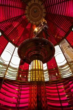 Bullseyes ~The fresnel lens atop the Umpqua River Lighthouse is the only one on the Oregon Coast in which you can climb. In addition, the lens is made up of red and white prisms, which makes this one of my favorite lights. Lighthouse Lighting, Lighthouse Photos, Lighthouses In Oregon, Candle On The Water, Lighthouse Keeper, Beacon Of Light, Dark Night, Night Light, The Way Home
