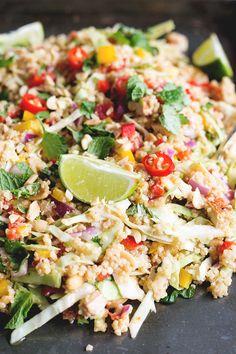 Vegan Thai Quinoa Salad with Peanut Lemongrass Dressing - a healthy quinoa salad loaded with veggies, herbs and a lemongrass peanut…