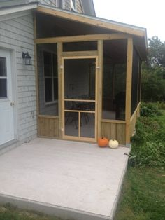 small screened in porch designs | screened patio designs with ... - Screened Patio Designs