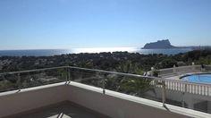 Стильный дом в Испании с видом на побережье Морайры. Дома в Moraira у моря