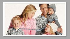 Cute & Wearable Matching Family Holiday Outfits | MomMeMatch.com