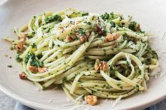 Zucchini Pesto, Asparagus Pasta, Tomato Pesto, Walnut Pesto, Pesto Sauce, Pesto Recipe, How To Make Pesto, How To Cook Pasta