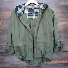 lightweight green utility jacket with plaid hood – shophearts