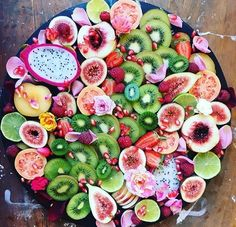 New fruit platter winter ideas Fruit Diet, New Fruit, Fruit Recipes, Appetizer Recipes, Healthy Recipes, Vegetarian Recipes, Healthy Food, Healthy Fruits, Fruits And Veggies