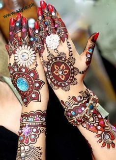 Latest Mehandi Art For Brides With Studded Stones