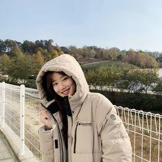 Uzzlang Girl, New Girl, South Korean Girls, Korean Girl Groups, Kim Sang, Korean Celebrities, My Collection, Korean Actresses, Me As A Girlfriend
