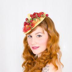 1940s vintage hat / Cherries Jubilee
