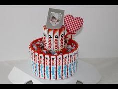 Torte mit Twix und Kinder Riegel /Geschenk /Geburtstag /Prezent na urodziny/Gift - YouTube Birthday Presents, Youtube, Ferrero, Gift, Candy, Drink, Food, Creative Birthday Gifts, Candy Bars