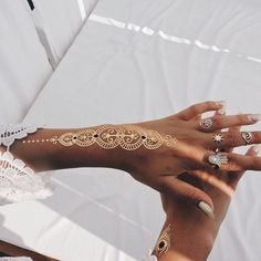 Sunny Disposition - Festival Ready Flash Tattoos - Gold and Glamorous Ideas - Photos