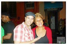 SAMBA CONEXÃO NEWS - Curta nossa página:www.facebook.com/conexaosambar/?fref=nf- Sexta-feira(10), RODA DE SAMBA BECO DO RATO(Lapa). PROJETO SACODE IAIÁ. Algumas pessoas têm uma presença maravilhosa, outras uma maravilhosa ausência. Ao meu lado a Produtora Cultural Neli Marinho, fascinante!