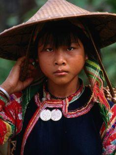 Costume of Ethnic Vietnamese  Learn Vietnamese. Enjoy Vietnamese life.  vongvongvietnam.wix.com/learnvietnamese