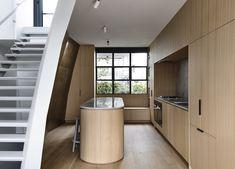 Collingwood Apartment by Rob Kennon Architects Australian Architecture, Australian Homes, Interior Architecture, Interior Design, Design Design, Warehouse Apartment, Apartment Kitchen, Kitchen Interior, Apartment Ideas