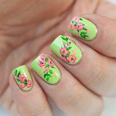 Green-Floral-Nail-Art
