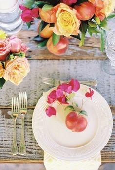LOVE the peaches as table decor