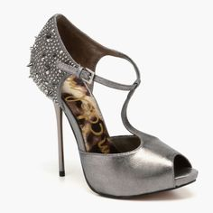 Sam Edelman Scarlett Evening Shoe in Pewter featured in vente-privee.com