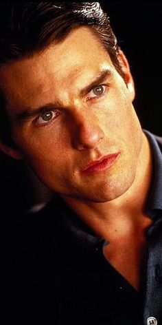 Such a handsome man Tom Cruise Hot, Tom Cruise Young, Top Gun, Katie Holmes, Nicole Kidman, Cruise Specials, Le Talent, Celebrity Dads, Actor